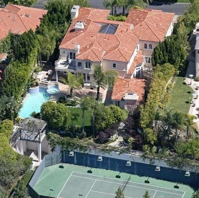 Celebrity Homes - GroupPost - Fabulously40.com